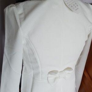 Jackets & Coats - White long sleeve blazer